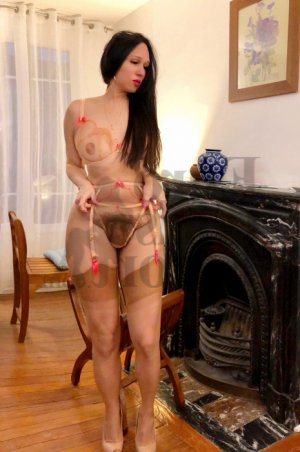 Cecilie live escort and nuru massage