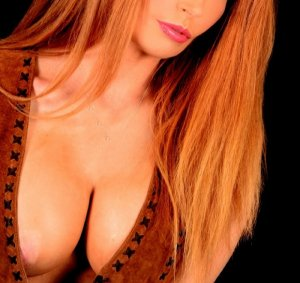 Gwennina live escort in Pleasanton and nuru massage