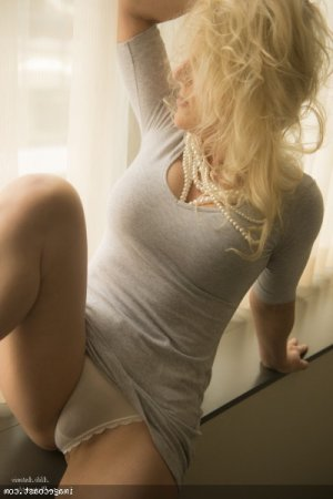 Rejanne escort girls in Pine Hill NJ